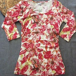 CAbi Splashy Floral Tee Style #886 NWT